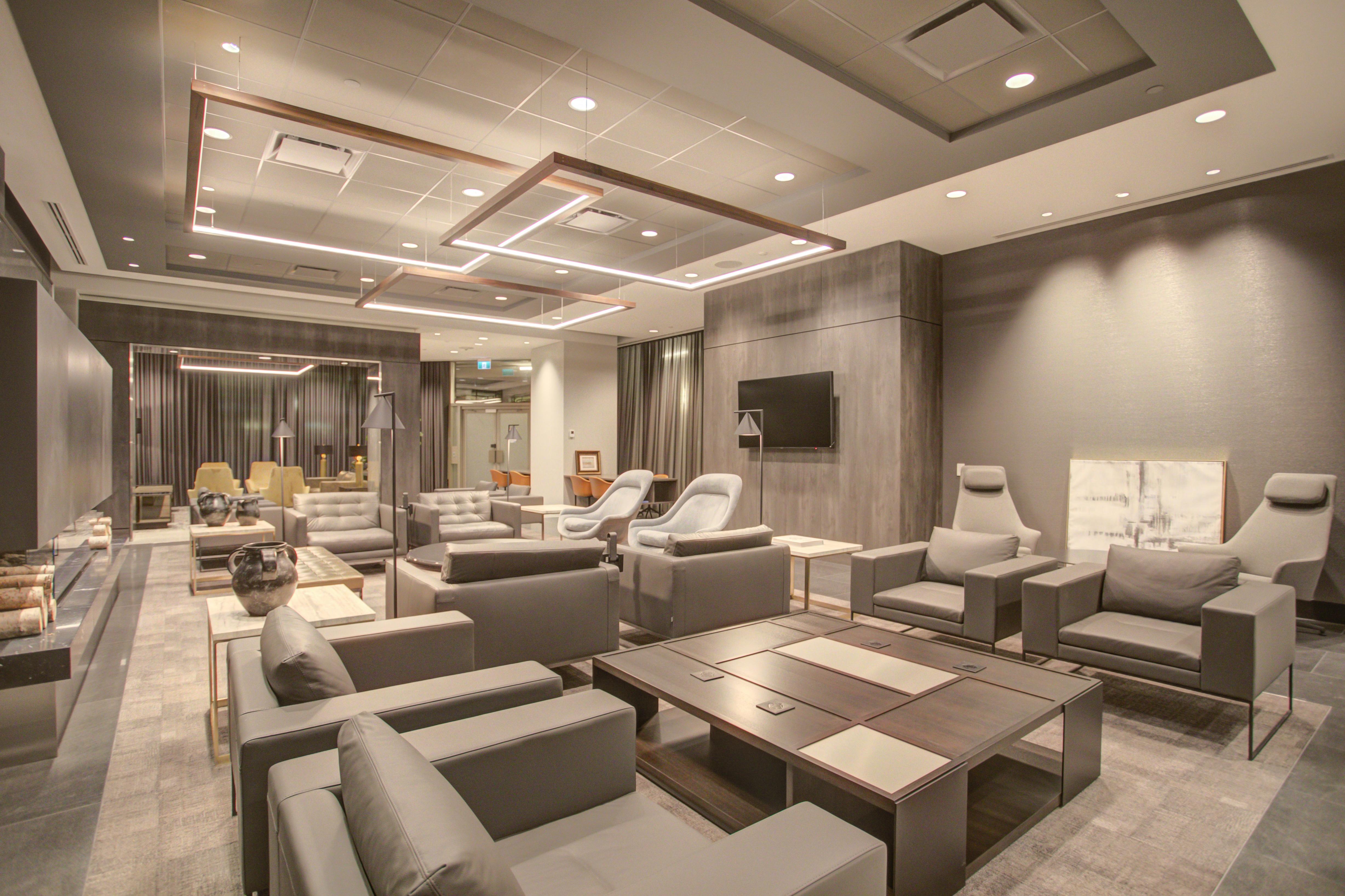 240FOURTH Lounge